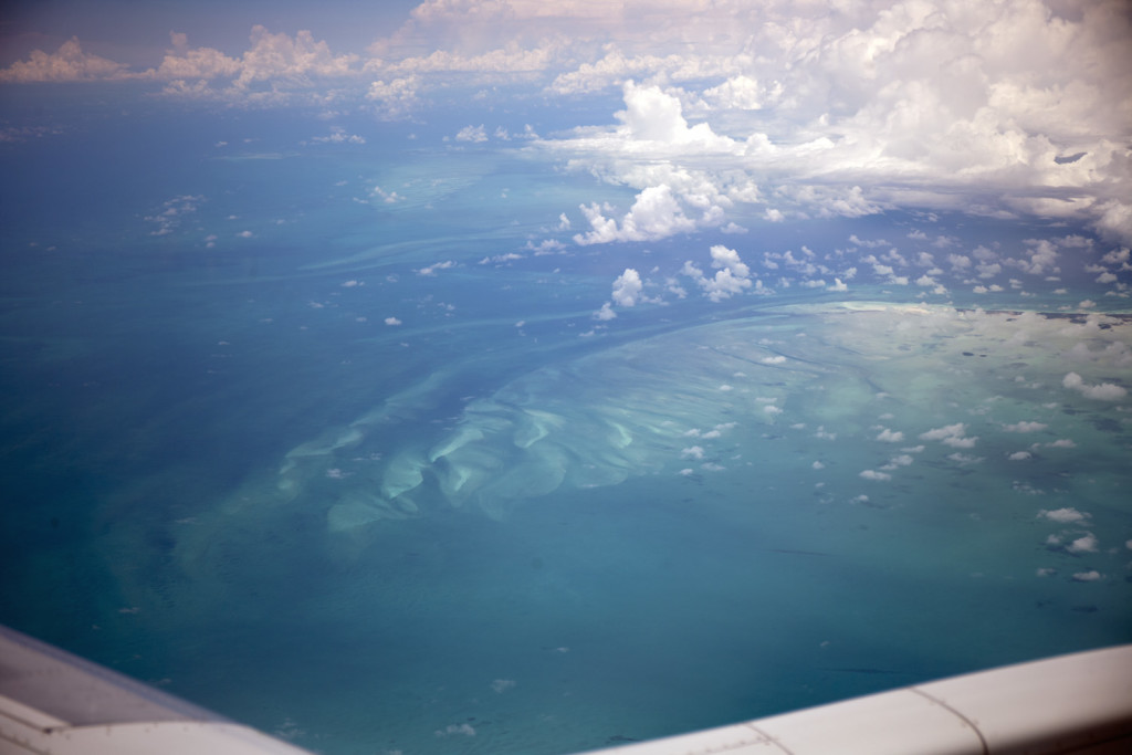 Carbonate sedimentation features along Great Bahama Bank as seen during the flight to Exuma (Photo: J. Farmer)